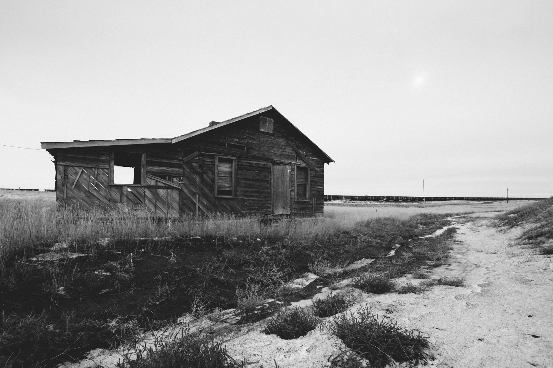 abandoned-farmstead-wyoming-grasslands-wright-wy-6180