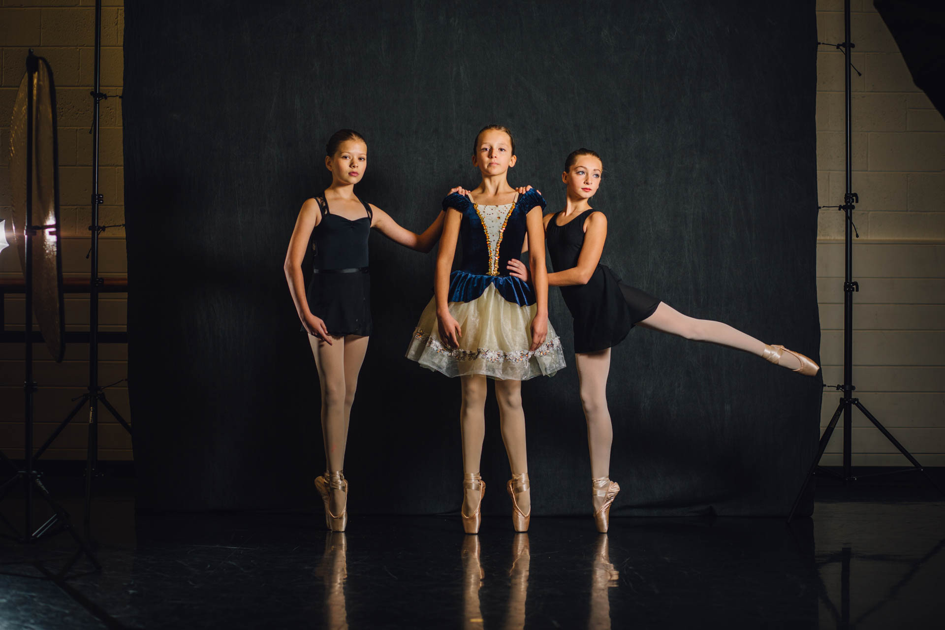 ballerina-girls-on-portrait-set-7764