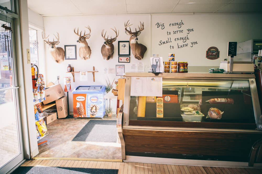 bushys-meat-market-small-town-independence-wi-cooler-deer-mounts-1239