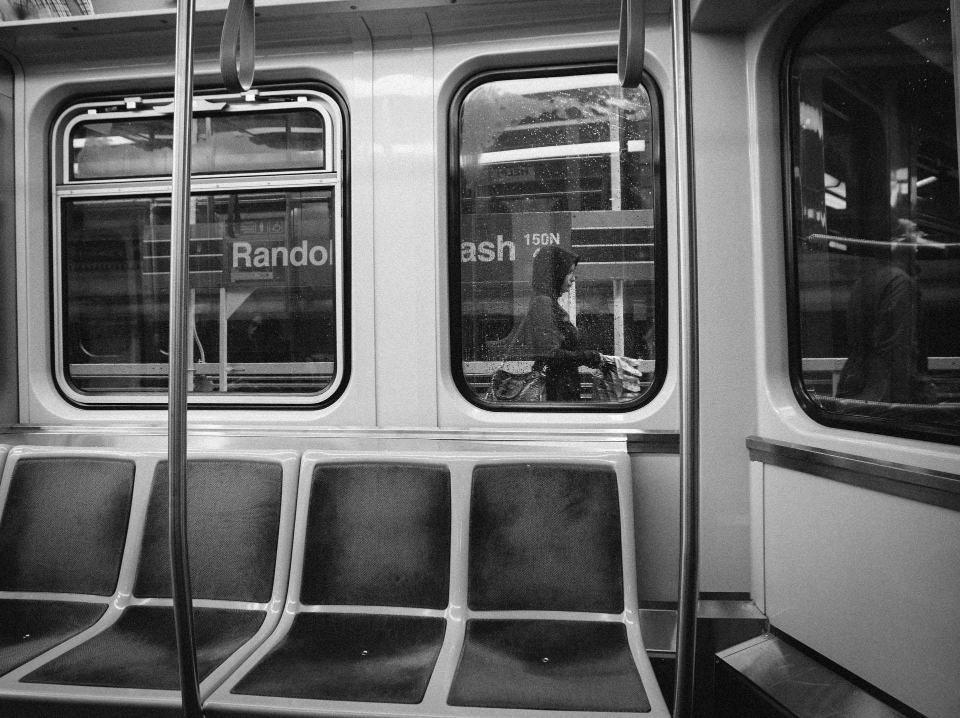 chicago-l-empty-seats-lady-randolf-wabash-5688untitled