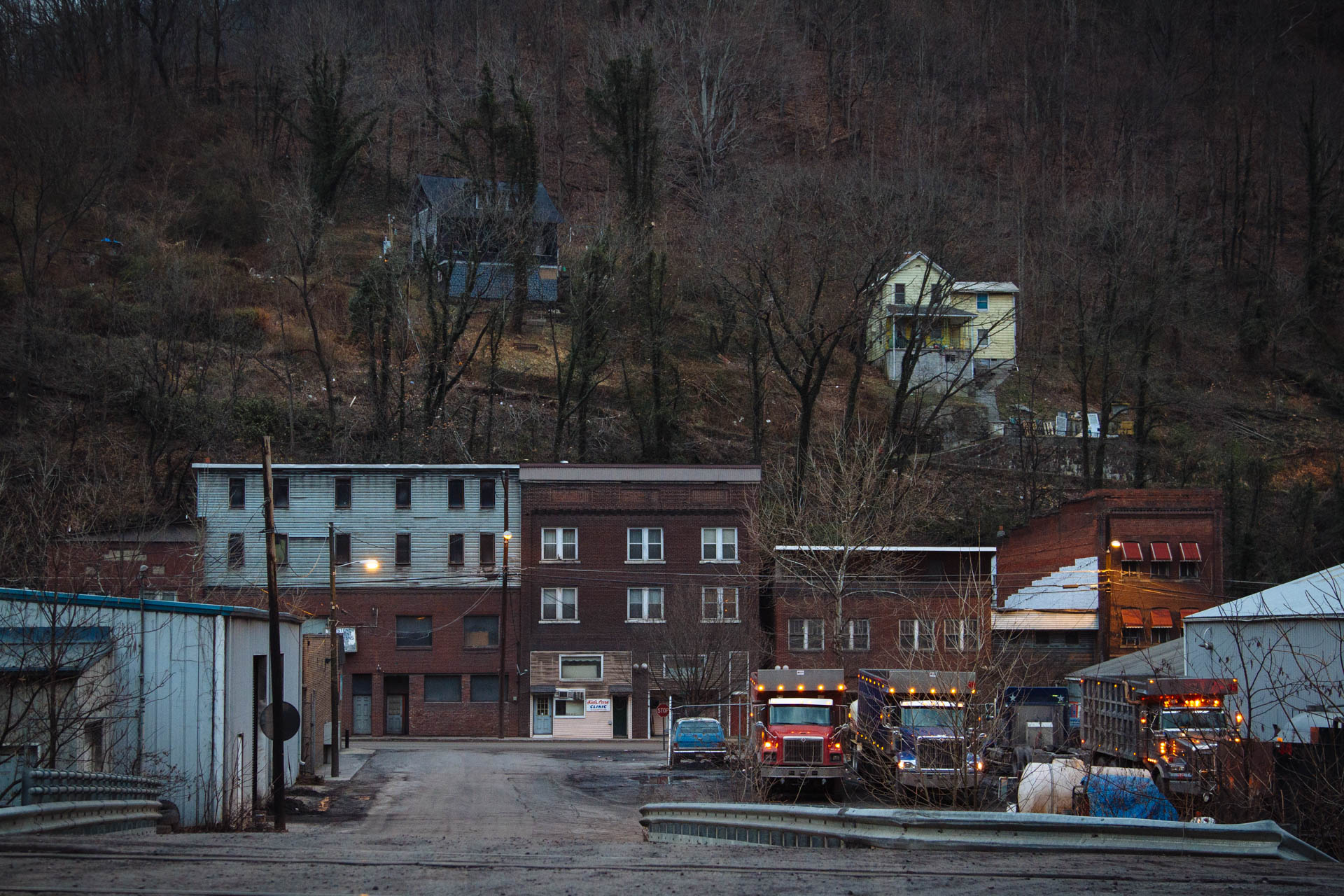 coal-trucks-at-dawn-downtown-keystone-wv-1269.JPG