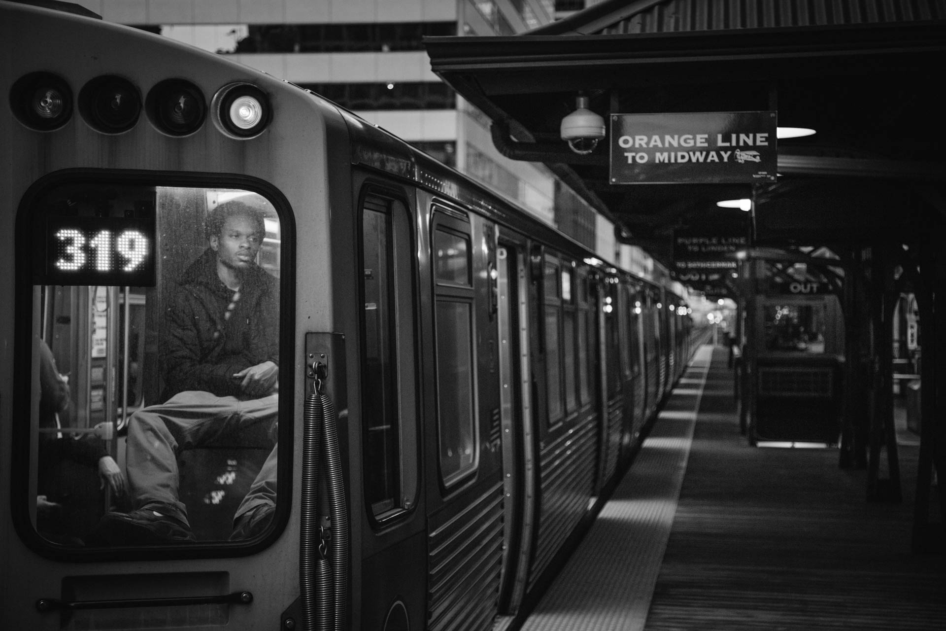 cta_wells_jackson_station_black_male_passenger_window_6760untitled