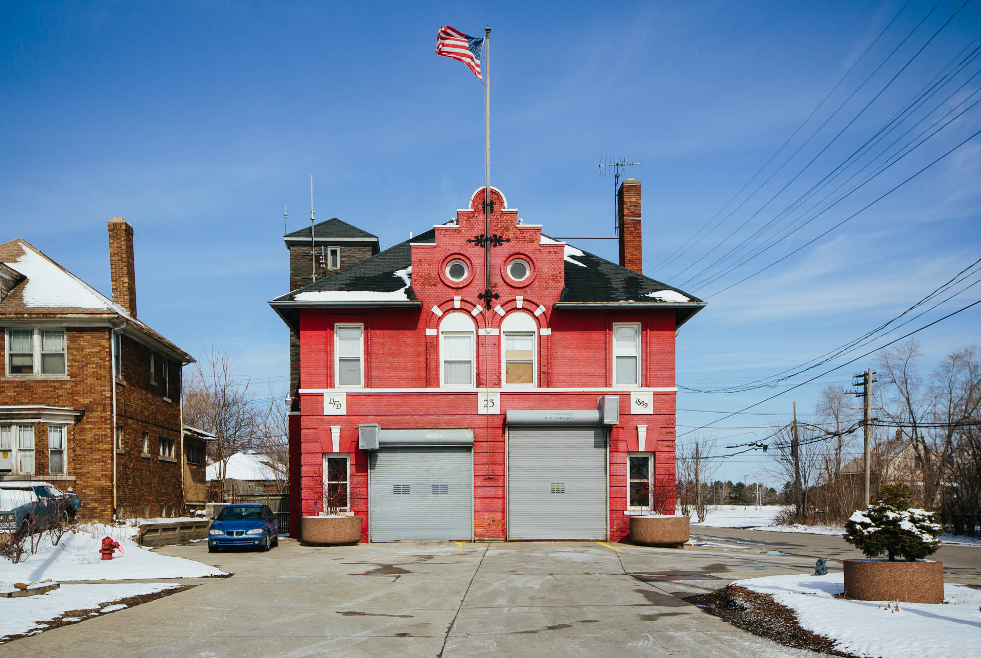 dfd-engine-company-23-fire-station-detroit