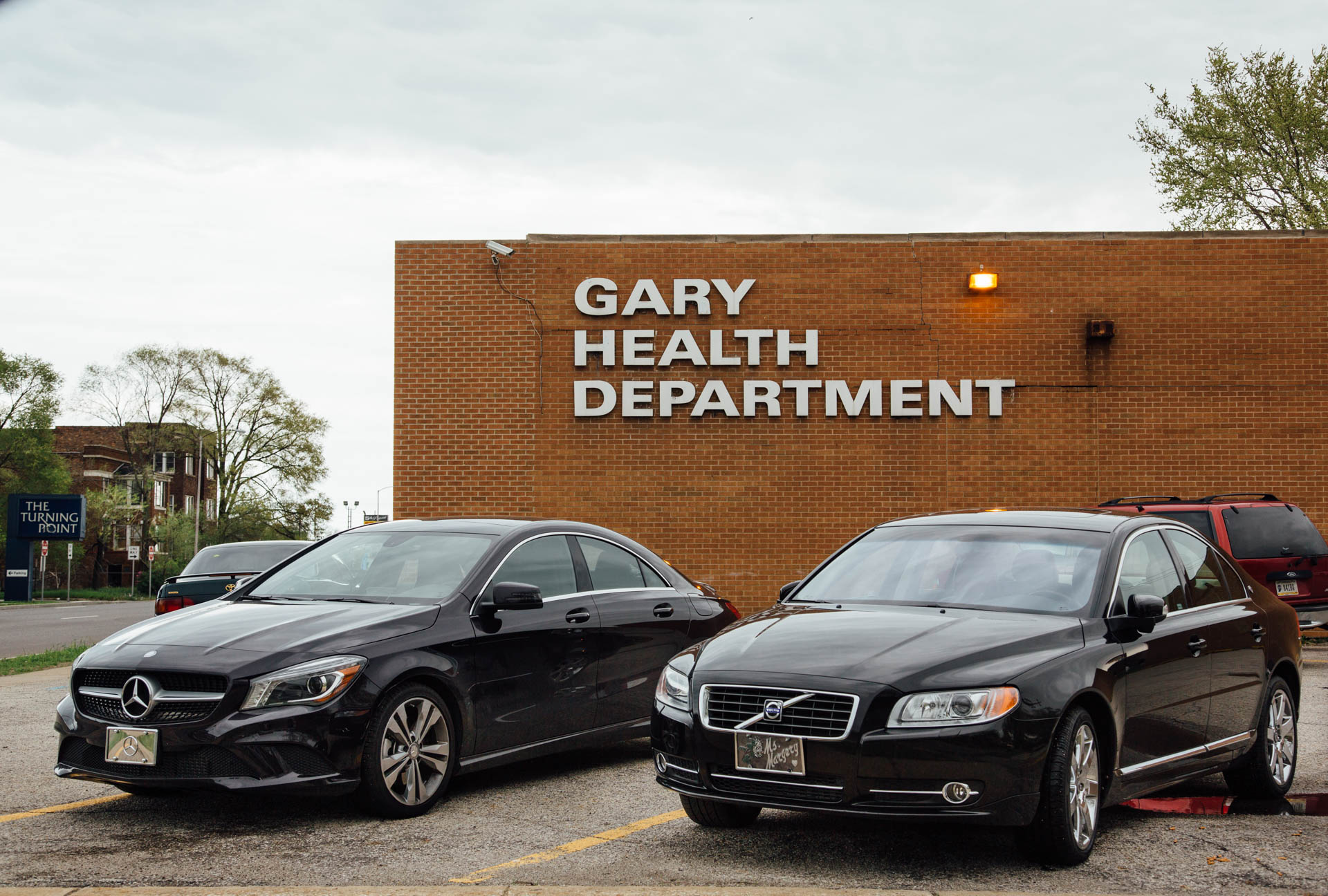 gary-health-dept-wealthy-cars