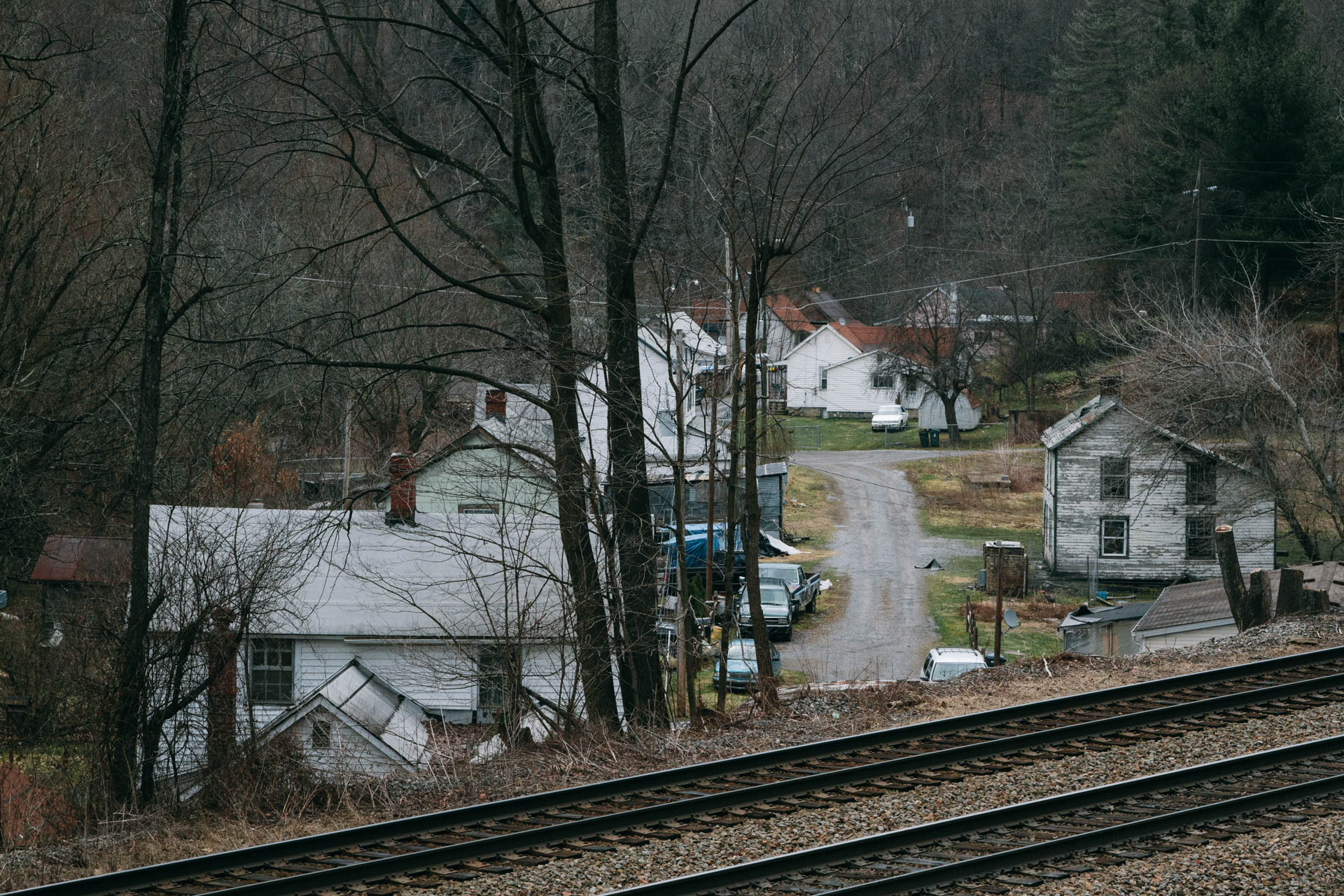 hollow-homes-railroad-switchback-wv-1402.JPG