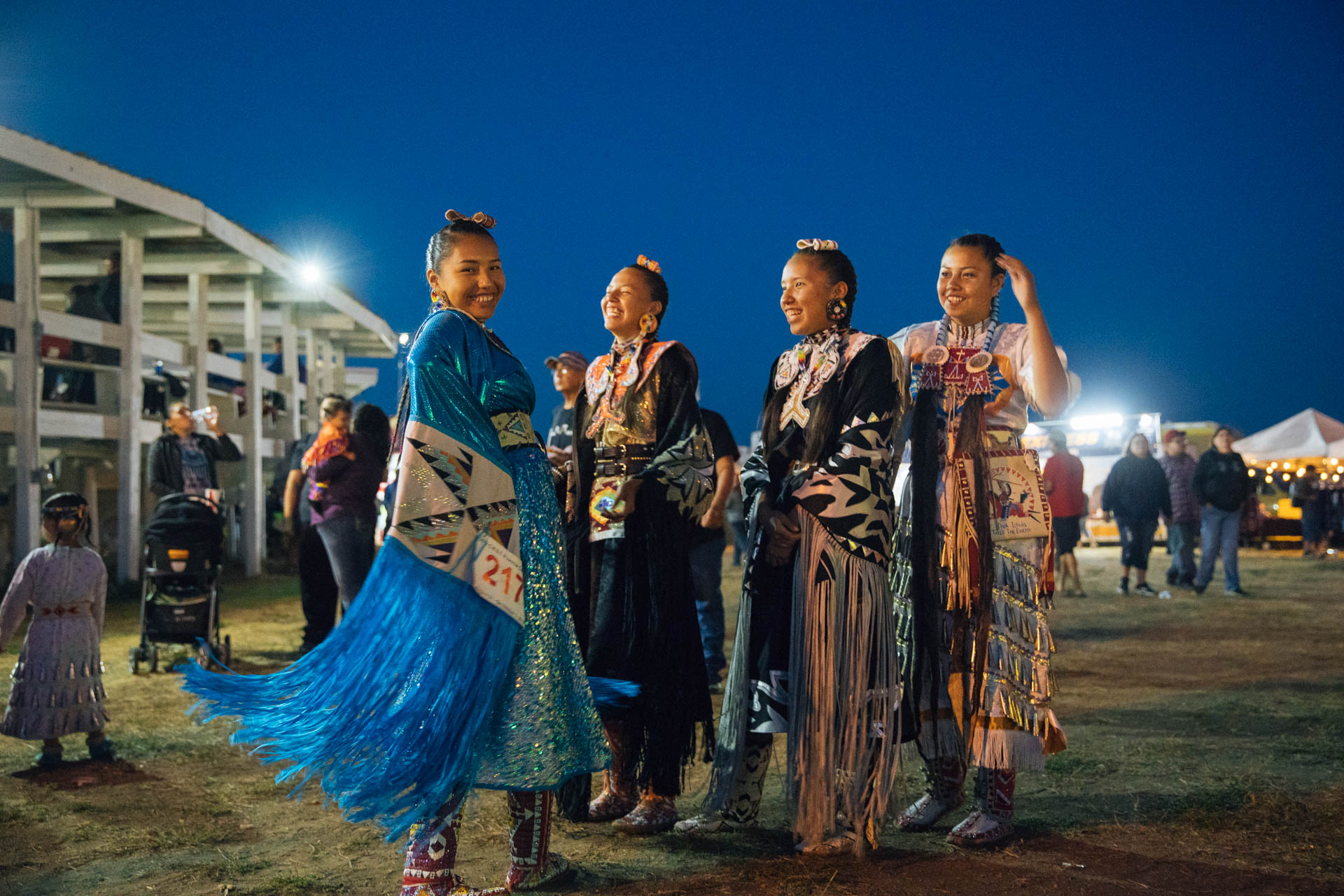 indian-teens-cheyenne-river-sioux-tribe-pow-wow.JPG