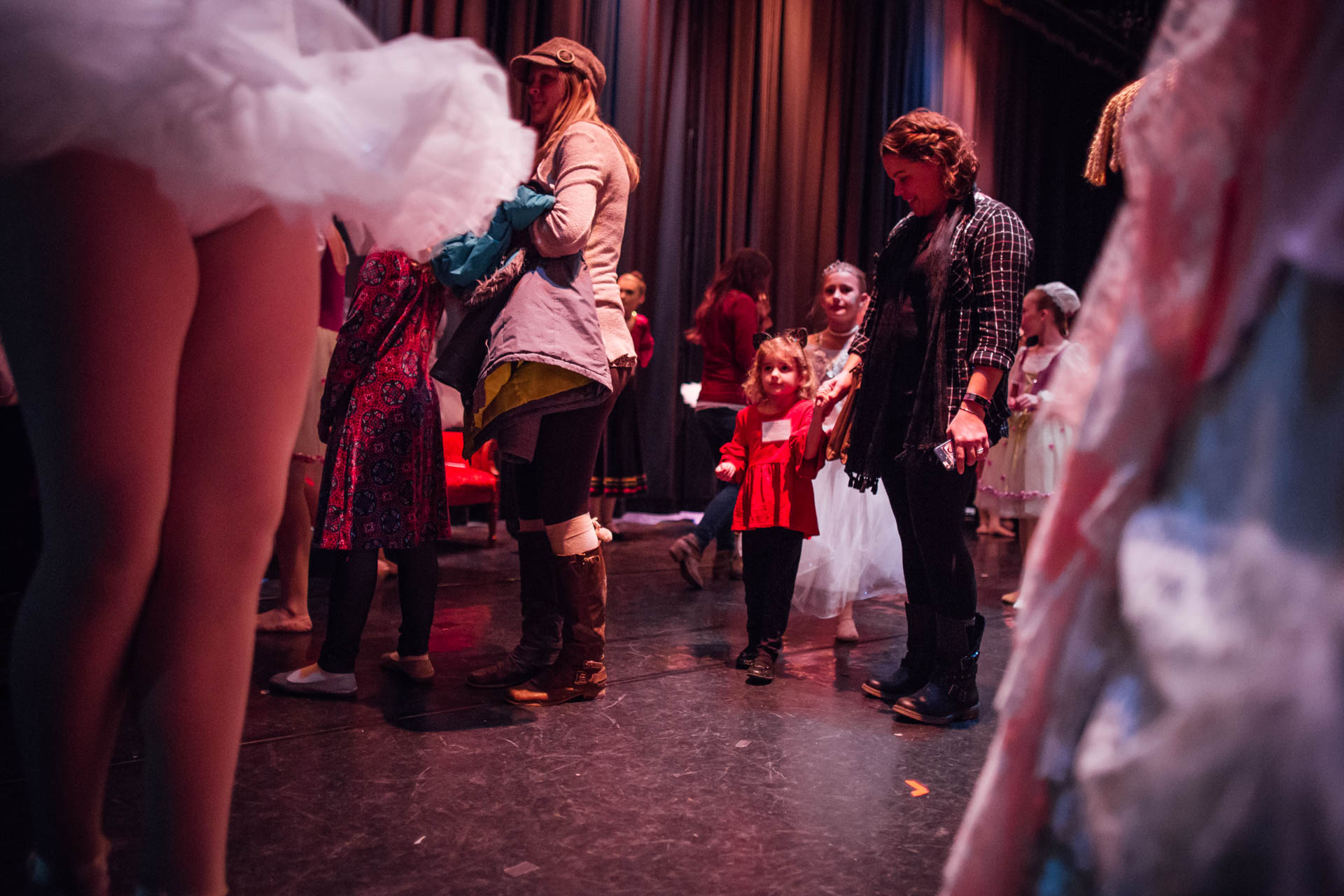 nutcracker-backstage-children-6916