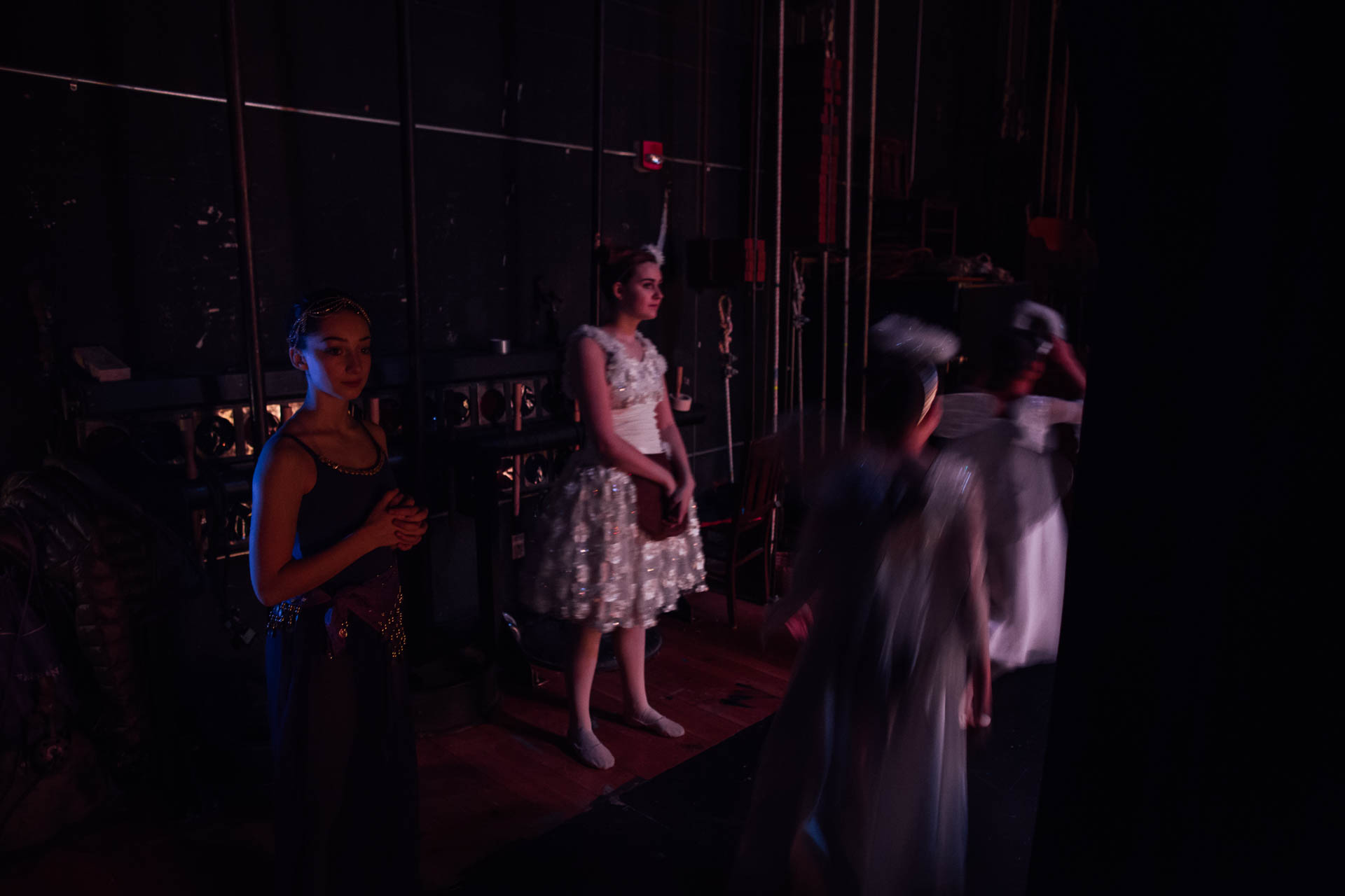 nutcracker-ballerinas-waiting-to-go-on-stage-6479