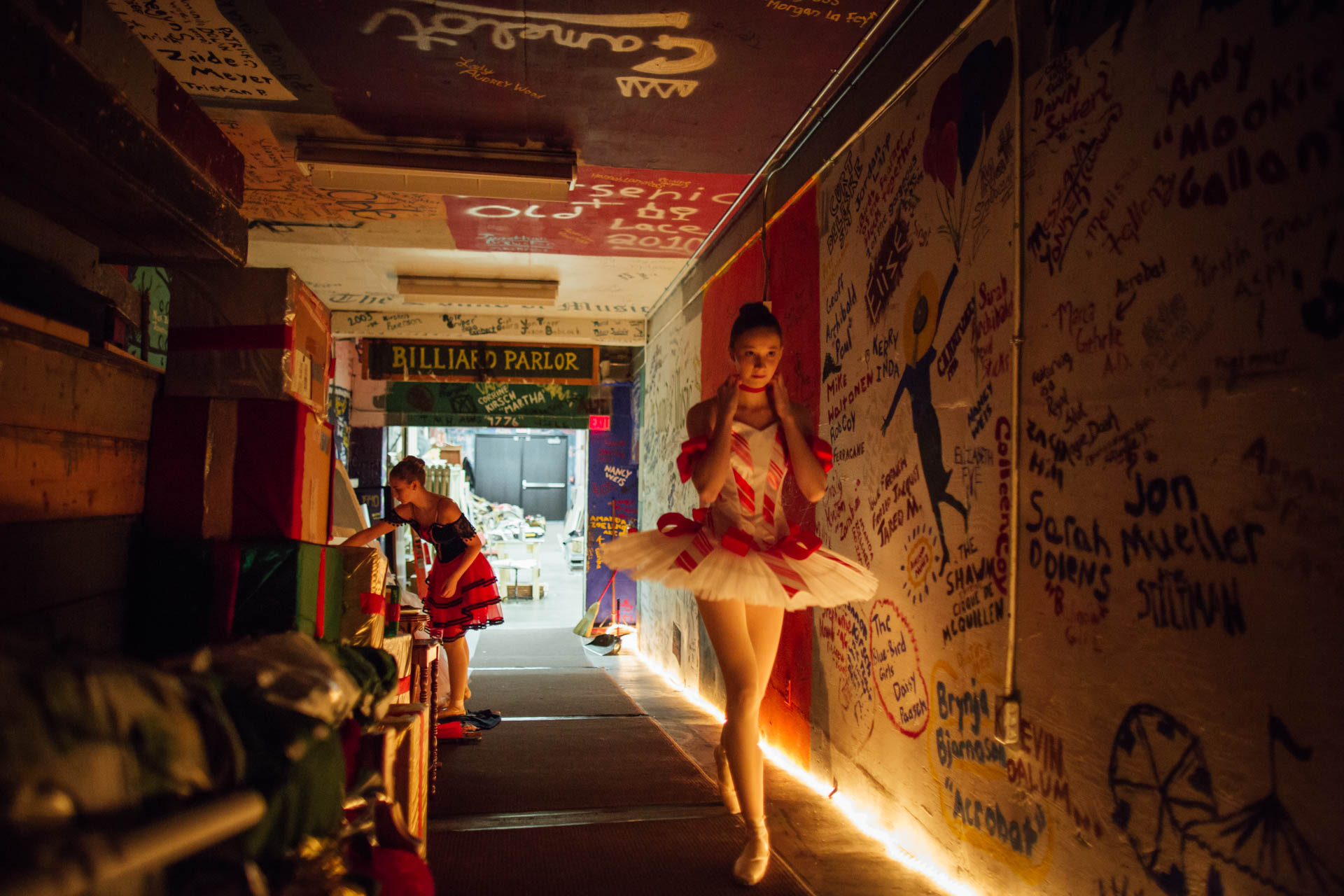 nutcracker-candy-cane-ballerina-backstage-5858