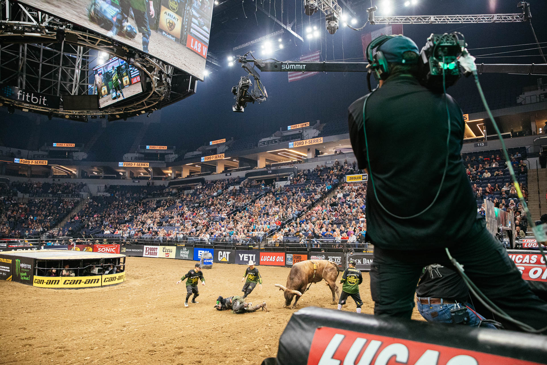 pbr-cbs-camera-crew-bull-riding-target-center.JPG