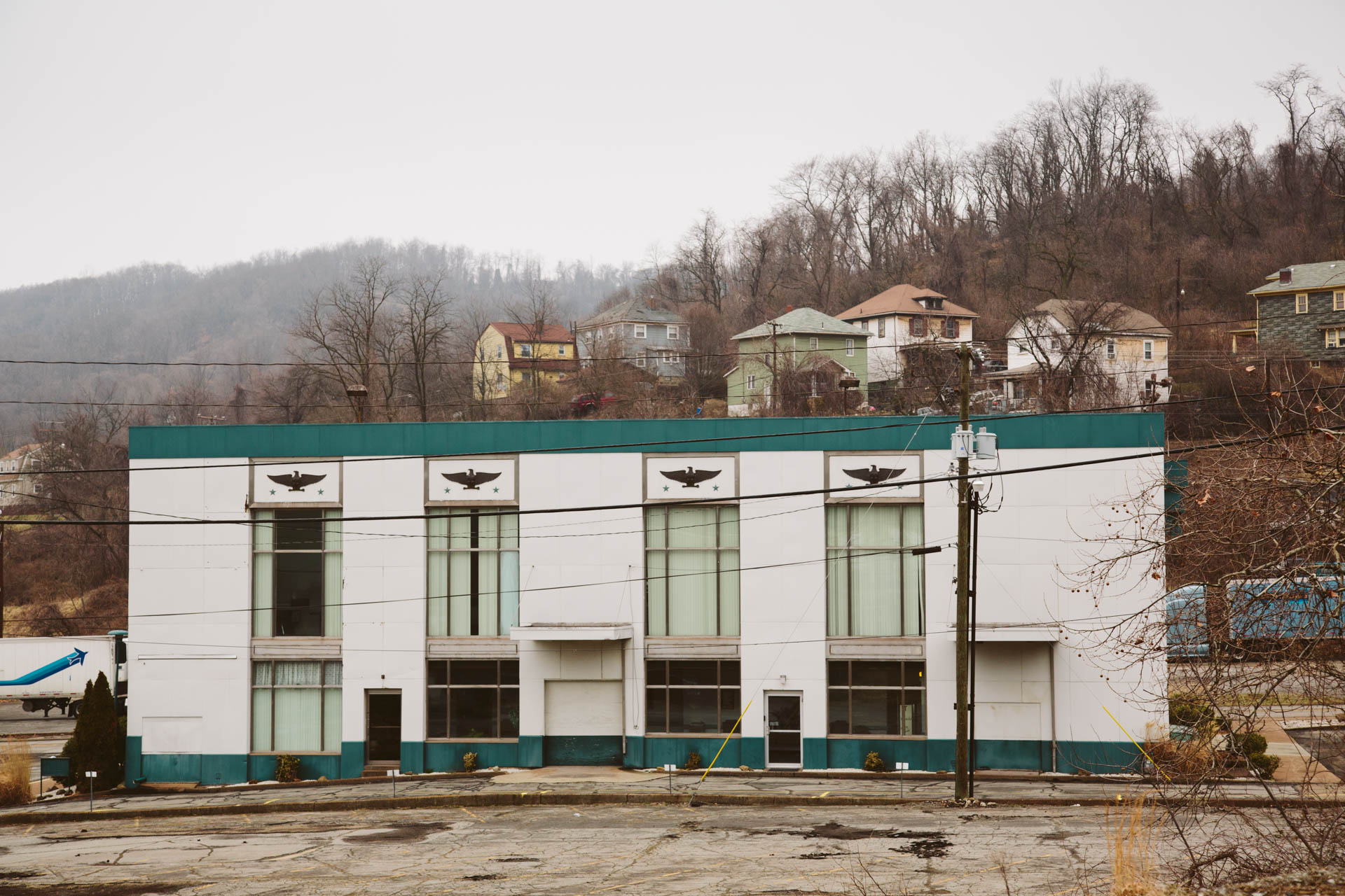 steel_weirton_wv_valley_houses_office_building_eagles_4369untitled